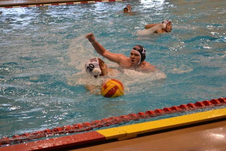 Boys' water polo snatches first victory in three years (photo gallery)