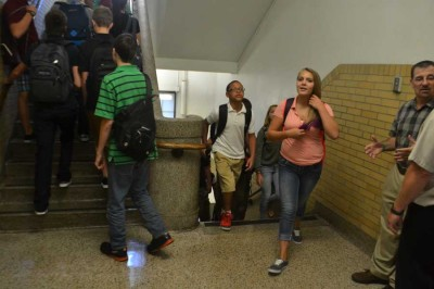 Teens prepare for upcoming school year (photo)