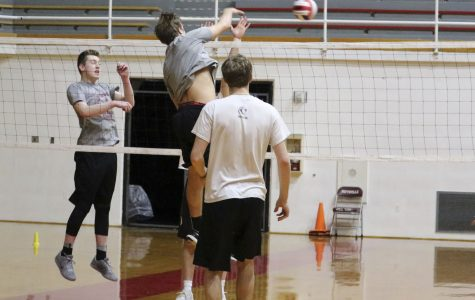 Boys' volleyball team serves up the season