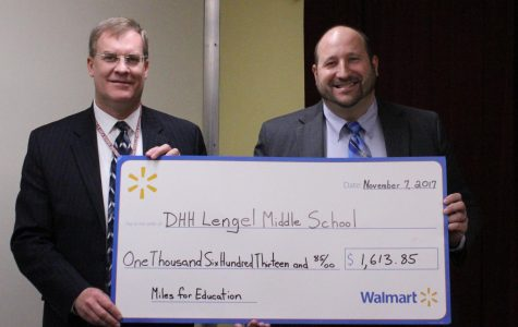 D.H.H. Lengel receives award from Walmart